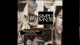 Simple Minds Milton Keynes England 22.6.1986