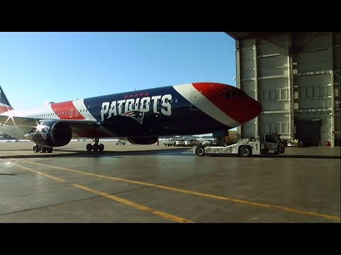 Patriots Arrive in Minnesota for Super Bowl