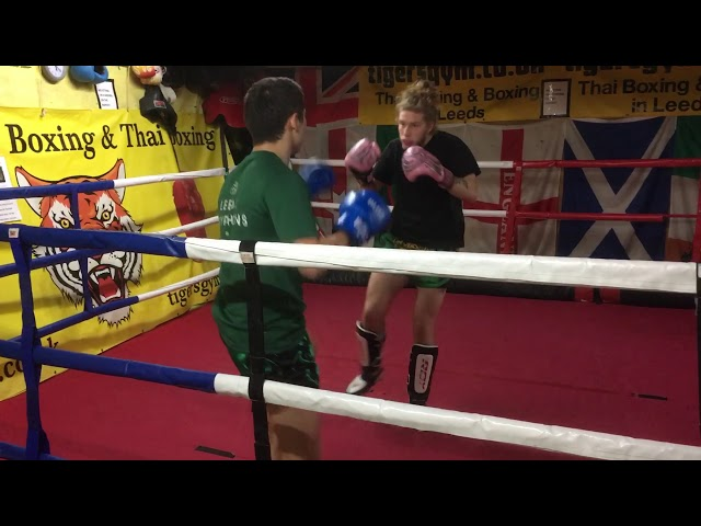 Leeds university Thai boxing sparring training