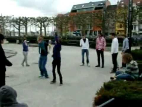 Tecktonik VS Shuffle battle @ Gent