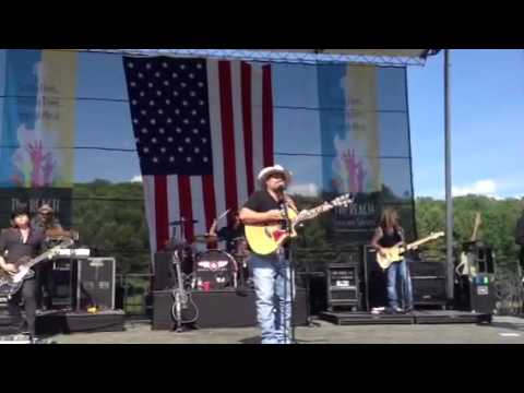 Chris Cagle - What Kinda Gone live