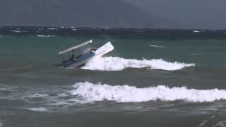 Fisherman´s boat in trouble