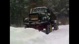 Das GAZ-63 im Schnee. ГАЗ-63 в снегу.