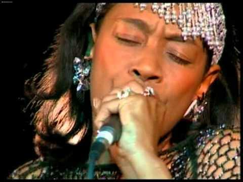 Ann Peebles - I Feel Like Breaking Up Somebody's Home (live - 1999)