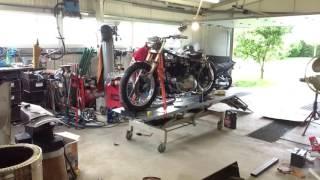 Harley 1000 fonte XLCH. Part 2. Démontage moteur.