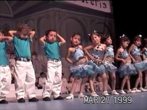 La dueña del Swing - Día de la primavera 1999 - Jardín de Niños Buckigham