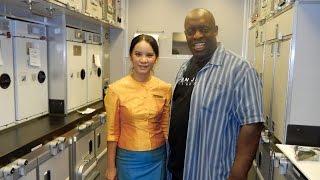 Thai Airways Boeing 777-300 Flight fm Tokyo to Bangkok Thailand 2016