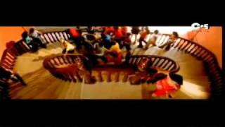 Kaun Hai Wo-Ishq Vishq - (Shahid Kapoor).flv