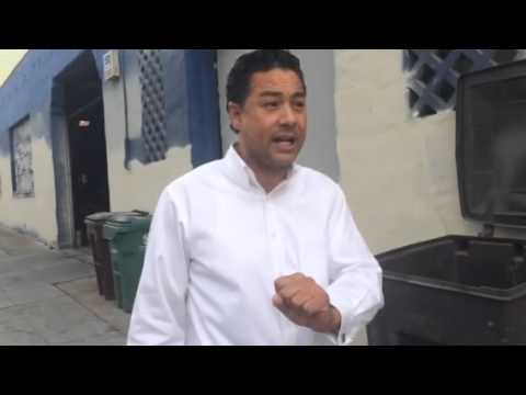 Ken Houston in Chinatown 11/18/2014