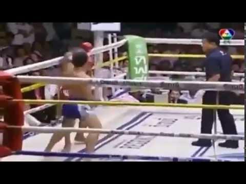 มวยไทย7สี  ฉีกทุกความมันมวยทีวี
