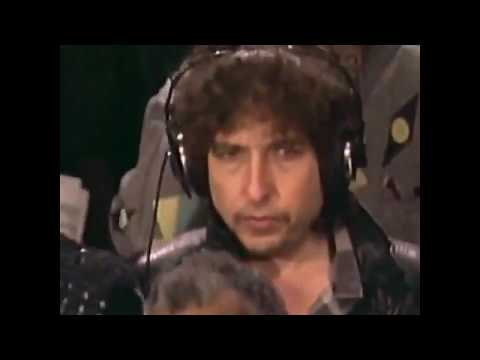 "Bob Dylan feeling awkward recording ""We Are the World"""
