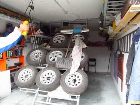 Сезонное хранение шин, колес в гараже с помощью лебедки, своими руками, экономим место.