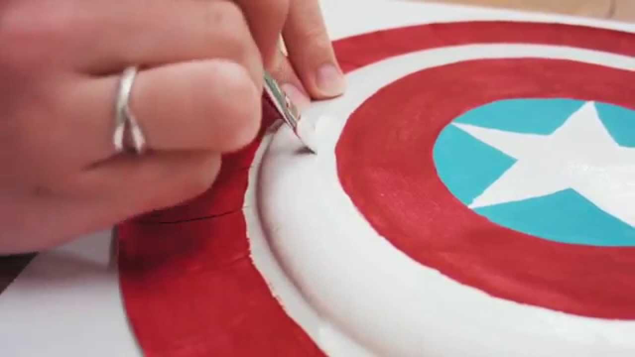 Bricolage le bouclier de captain america youtube - Bouclier capitaine america ...
