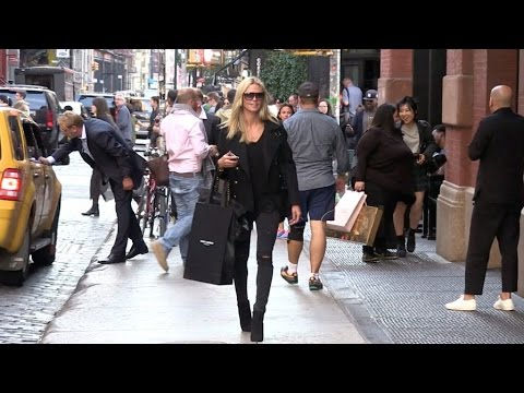 EXCLUSIVE - Heidi Klum entering the Mercer Hotel in New York