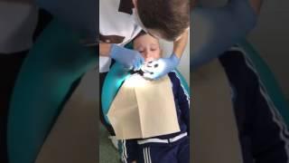 Вырвали зуб. Хороший стоматолог)(, 2016-12-22T18:54:41.000Z)