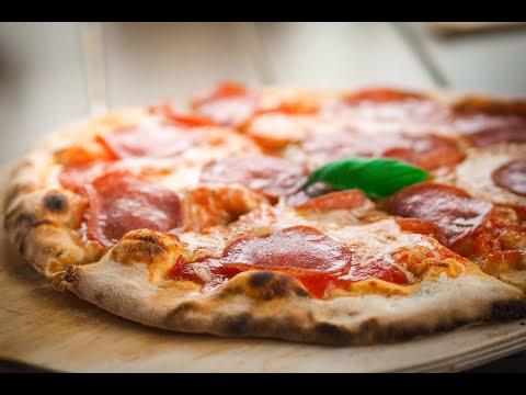 pizza-bacon-,-pizza-reine-,-flammenkuch-alsacienne-3-recettes-pour-le-week-end