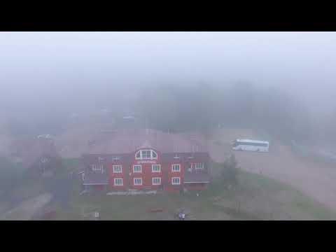 Длинный берег в тумане