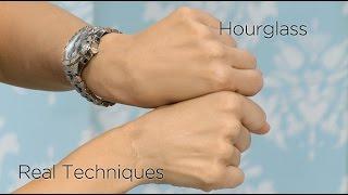 Product Review: Hourglass Kabuki Brush Vs. Real Techniques Face Brush