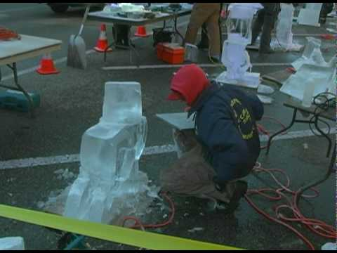 Downtown Holland Ice Sculpture Competition