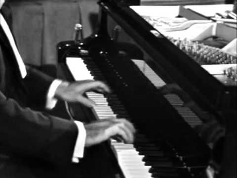 SCHUBERT - Wanderer Fantasy - Julius Katchen, piano
