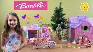 Barbie Story: Chelsea Finds Enchanted Fairy House and Plays with Fairy Friends in Barbie Tree House