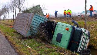 BERGING : Vrachtwagen in sloot Kanaaldijk Weesp 🚚