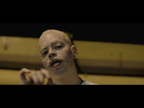 BANANA BAHIA - ELLA JUEGA ft. Beauty Pikete, Yung Noguera, Danni Ble, Royce Rolo