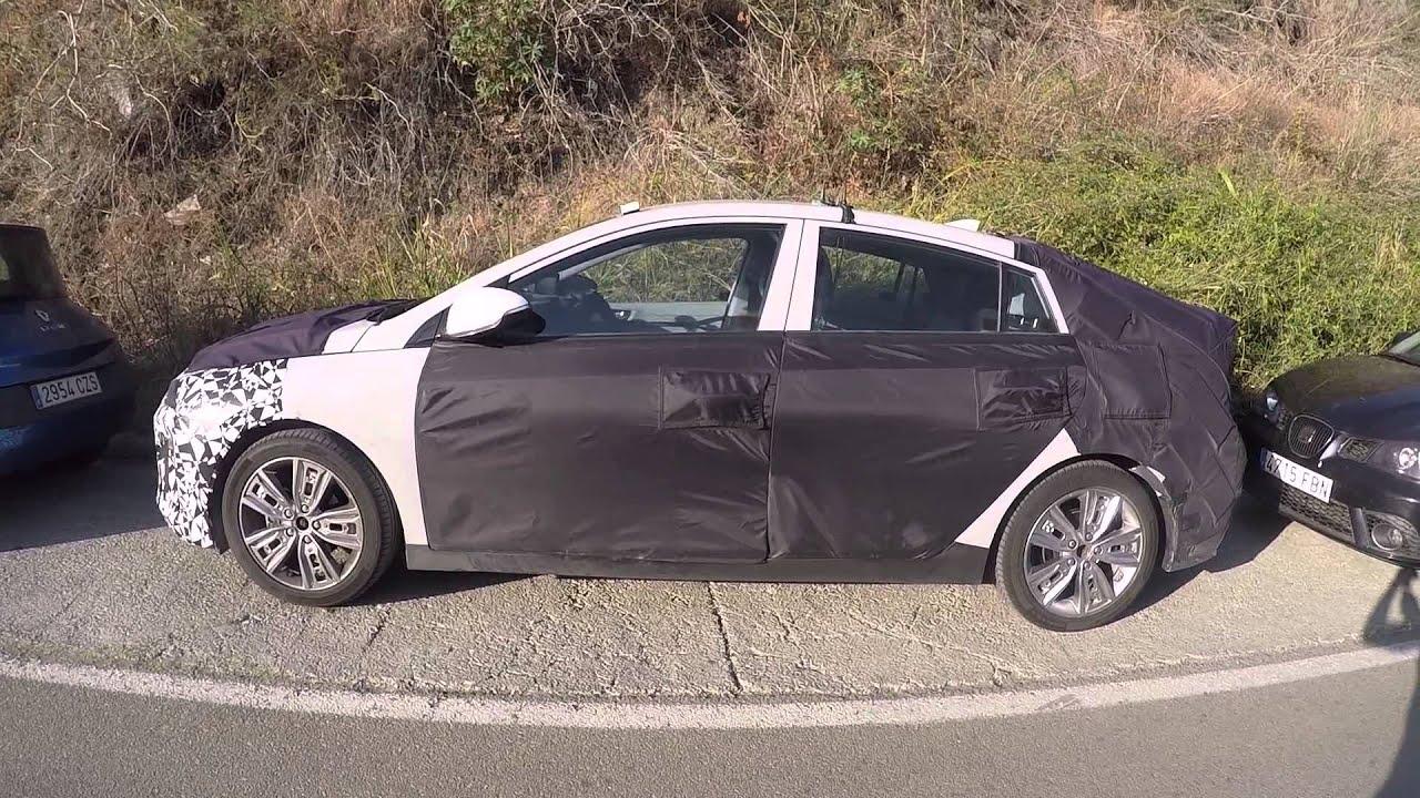 2020 Hyundai Ioniq EV Facelift: 170-Mile Range Possible, Release Date