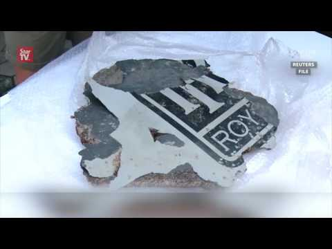 Australia examines possible MH370 plane debris