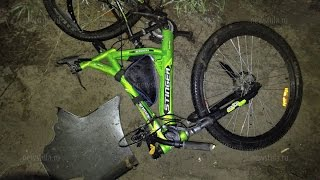 В Туле насмерть сбили 13-летнюю велосипедистку(Примерно в 21:30 на Епифанском шоссе в Туле автомобиль Hyundai Elantra сбил 13-летнюю девочку-велосипедистку По имеющ..., 2016-04-16T21:58:59.000Z)