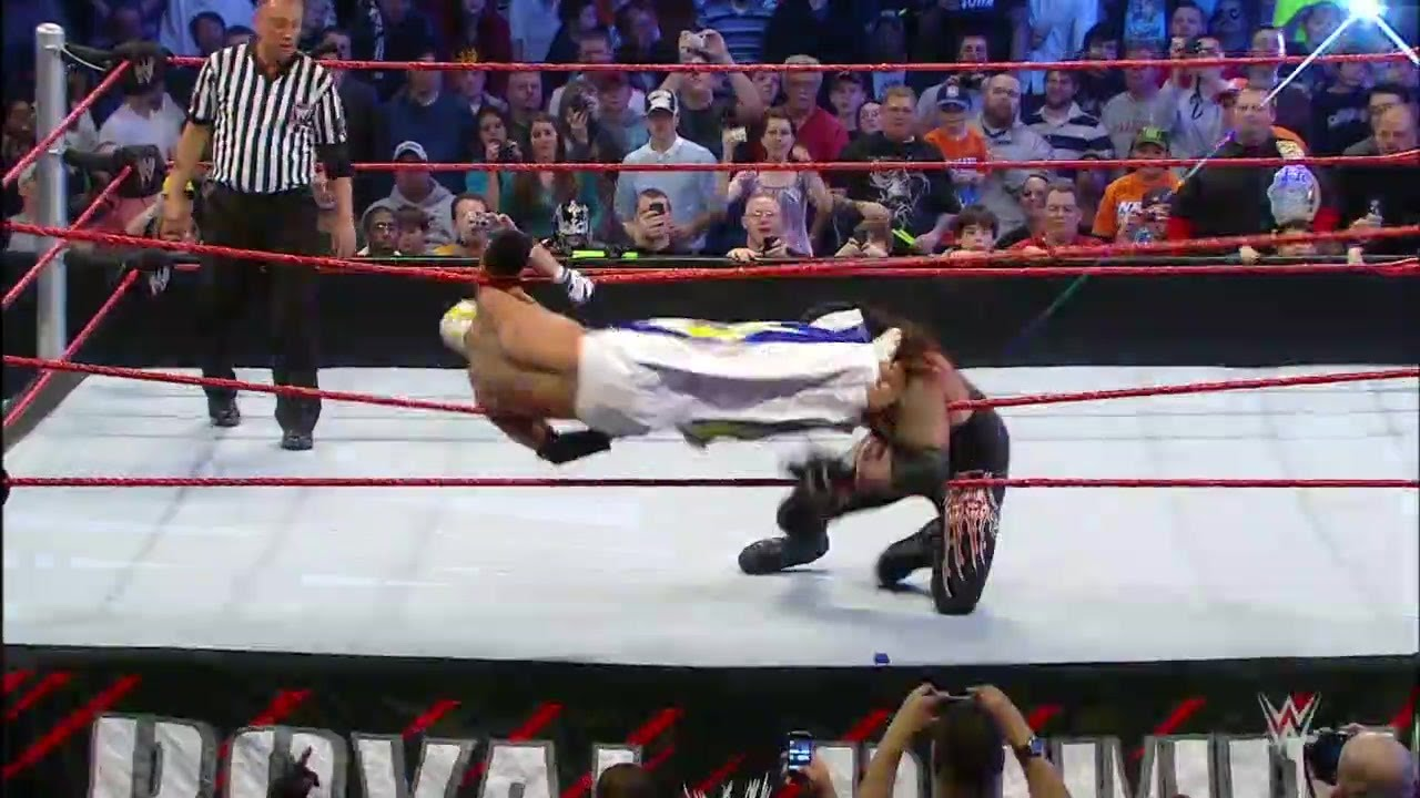 The Undertaker vs. Rey Mysterio: Royal Rumble 2010 - YouTube