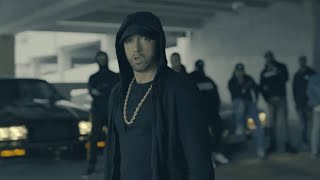 Baixar Eminem lambasts Donald Trump in freestyle rap