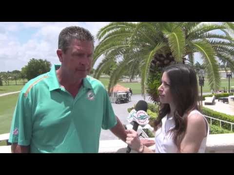 1-on-1 With Dan Marino At Fins Weekend