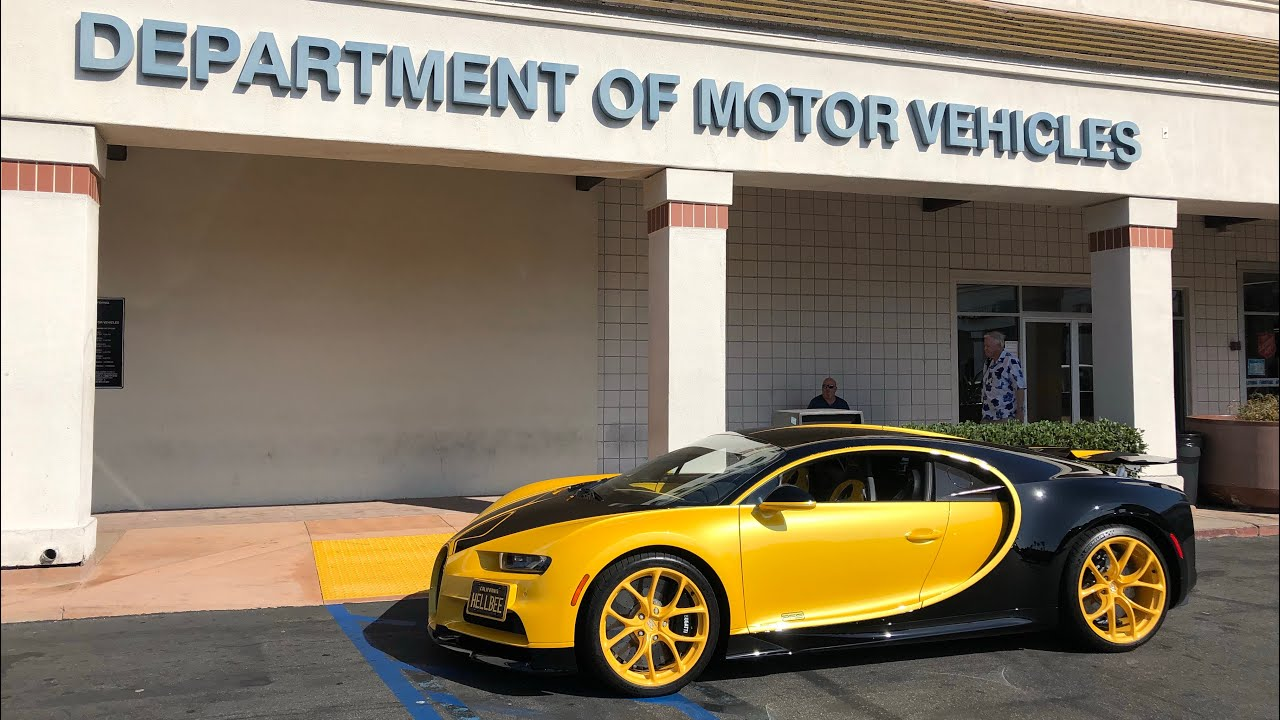 17 Year Old Takes Dmv Driver S Test In Bugatti Chiron Youtube