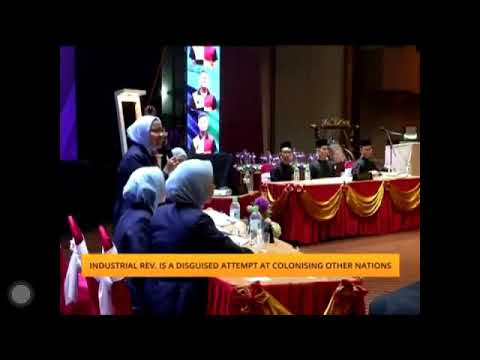Umno MPs quarrel at Parliament lobby, then kiss and make up | Kini News - 20 Nov from YouTube · Duration:  14 minutes