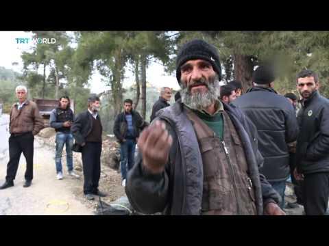 Turkey welcomes hundreds of Turkmen fleeing air strikes in Syria