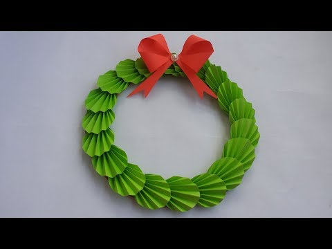 DIY: Christmas Wreath!! How to Make Paper Wreath for Christmas Decoration!! Holiday crafts!!
