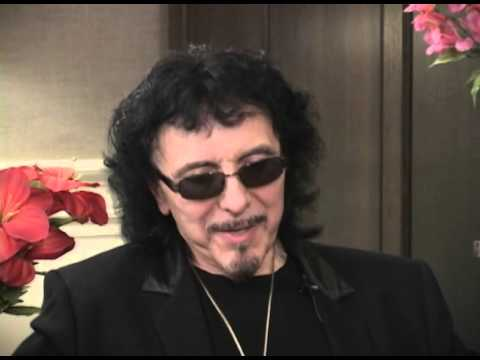 Tony Iommi Talks about Ozzy Osbourne When he First Joined Black Sabbath