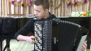 Виртуозная игра юного музыканта. Баянист Степан Армасарь приехал на каникулы в Воскресенск