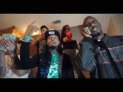 Thumb Thru It -  Ratchetasswooda x Rightcheek ( Official Video )
