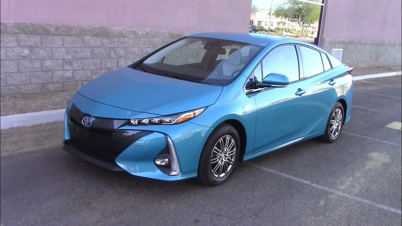 2017 Toyota Prius Prime Advanced 580 Mile Fuel Economy Test