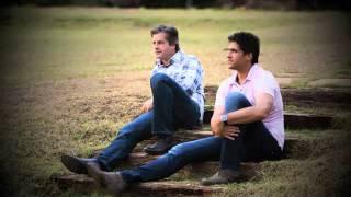 VICTOR E LÉO LANÇAMENTO 2011 -  Amor de Alma (Letra)