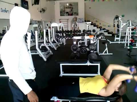 Paty Soares Treino Peito vs Tríceps Gui Zeuss