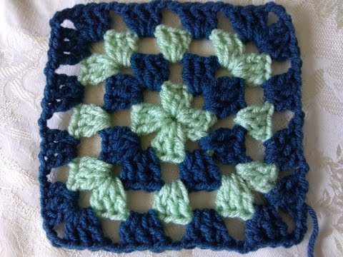 Crocheting Granny Squares For Beginners : ... Very-easy-crochet-circle-granny-square-blanket-tutorial-for-beginners