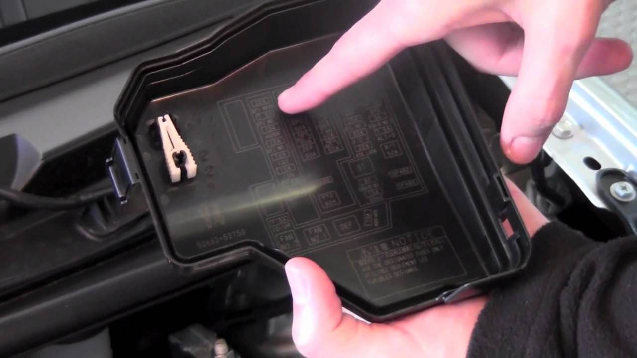 2012 Toyota Yaris Fuses How To By City Youtube 2007 Mustang Fuse Box Layout