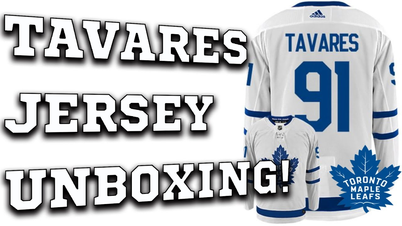 watch a9c80 e5079 John Tavares Maple Leafs Jersey Unboxing!