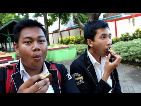 Me & Her (Ore Monogatari Live Action Indonesia) XII IPA 2 SMA Negeri Arjasa