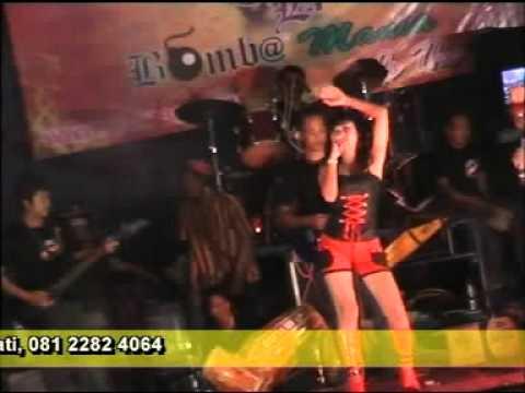 DANGDUT EL-SHAFA ABATASA 2011 LIVE REMBANG.mpg