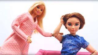 Новая двуспальная кровать для Барби и Кена. Игрушки для девочек