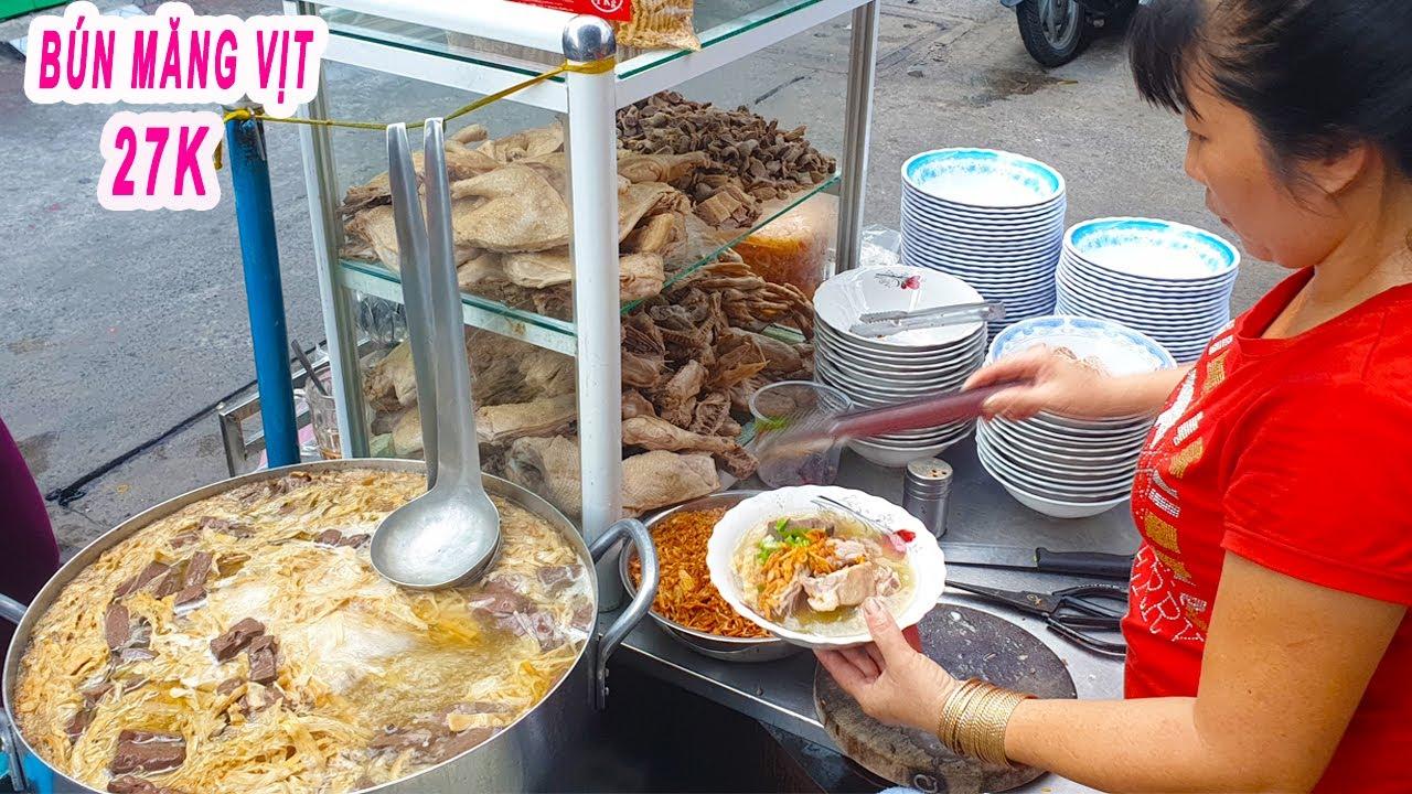 """""""Chui hẻm"""" ăn Tô Bún Măng Vịt 27K đông chật kín khách (Chị Hồng 7 ngày 7 món)"""